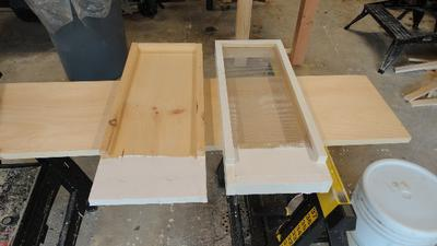Solid & Screened bottom boards